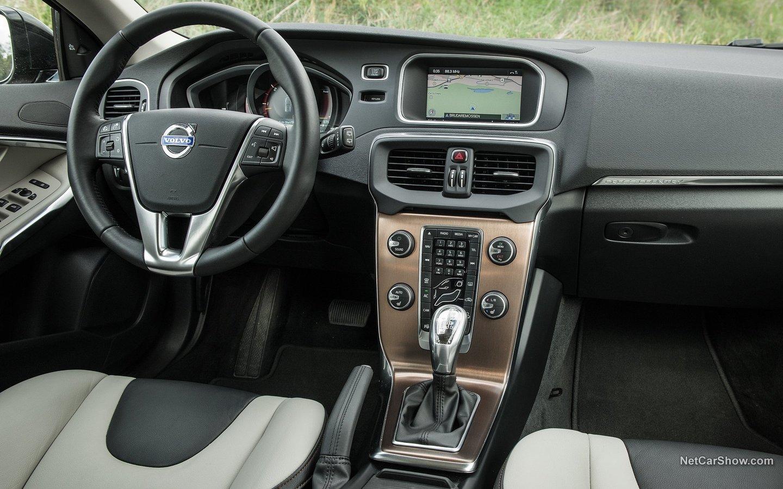 Volvo V40 Cross Country 2014 9540a87a