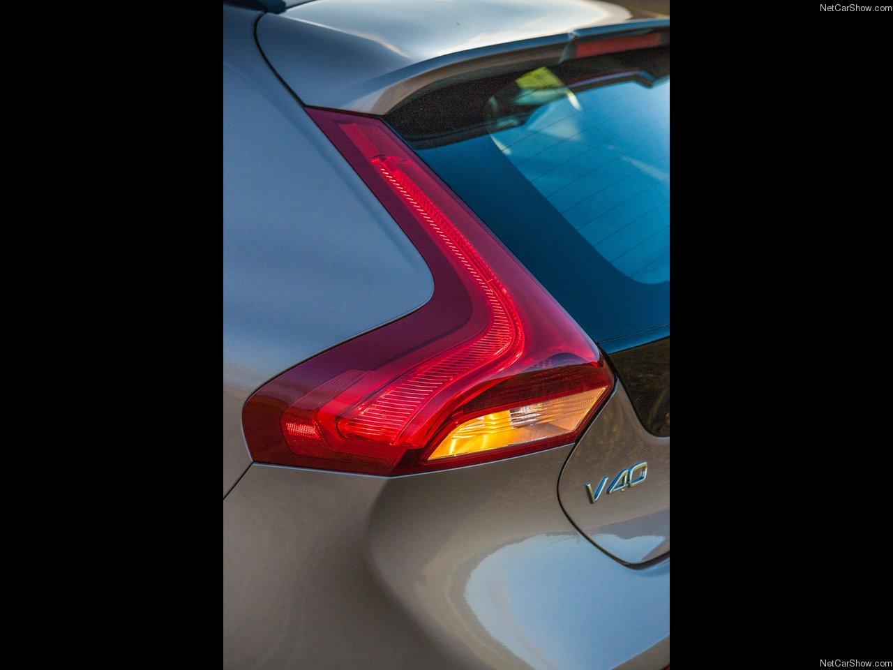 Volvo V40 Cross Country 2014 Volvo-V40_Cross_Country-2014-1280-26