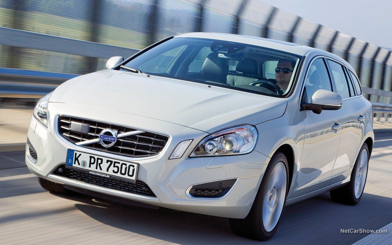 Volvo V60 2011 04928eca