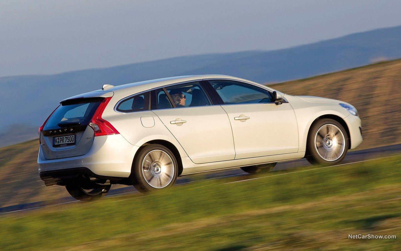 Volvo V60 2011 05bffaeb