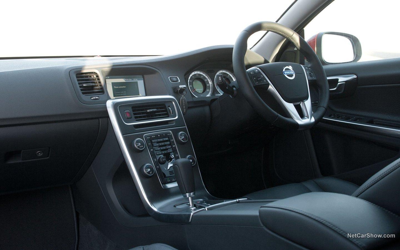 Volvo V60 2011 78624f28
