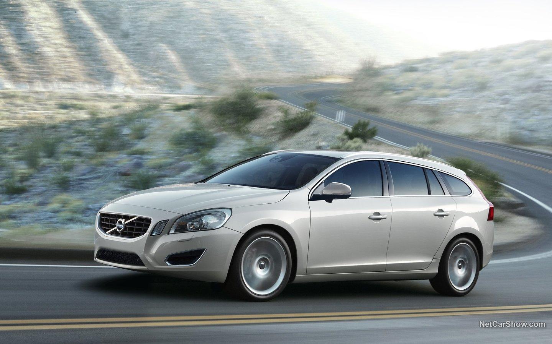 Volvo V60 2011 aa69eea9