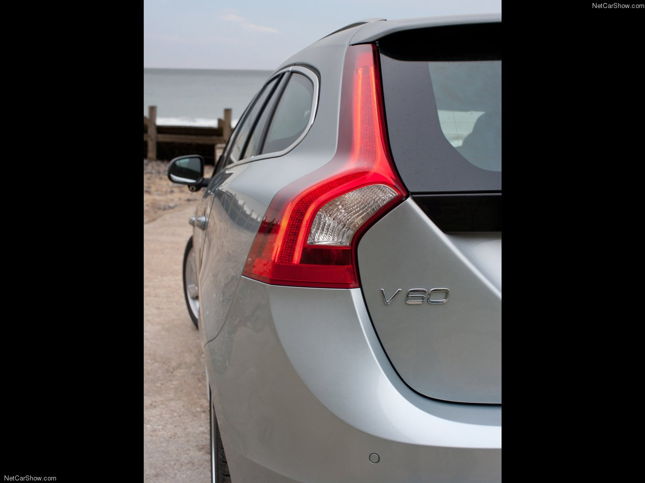 Volvo V60 2011 Volvo-V60-2011-1280-74