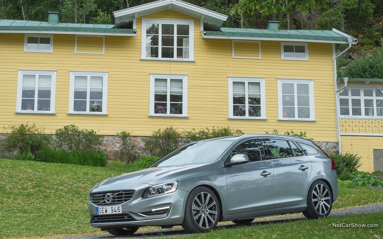Volvo V60 2014 1585f60d
