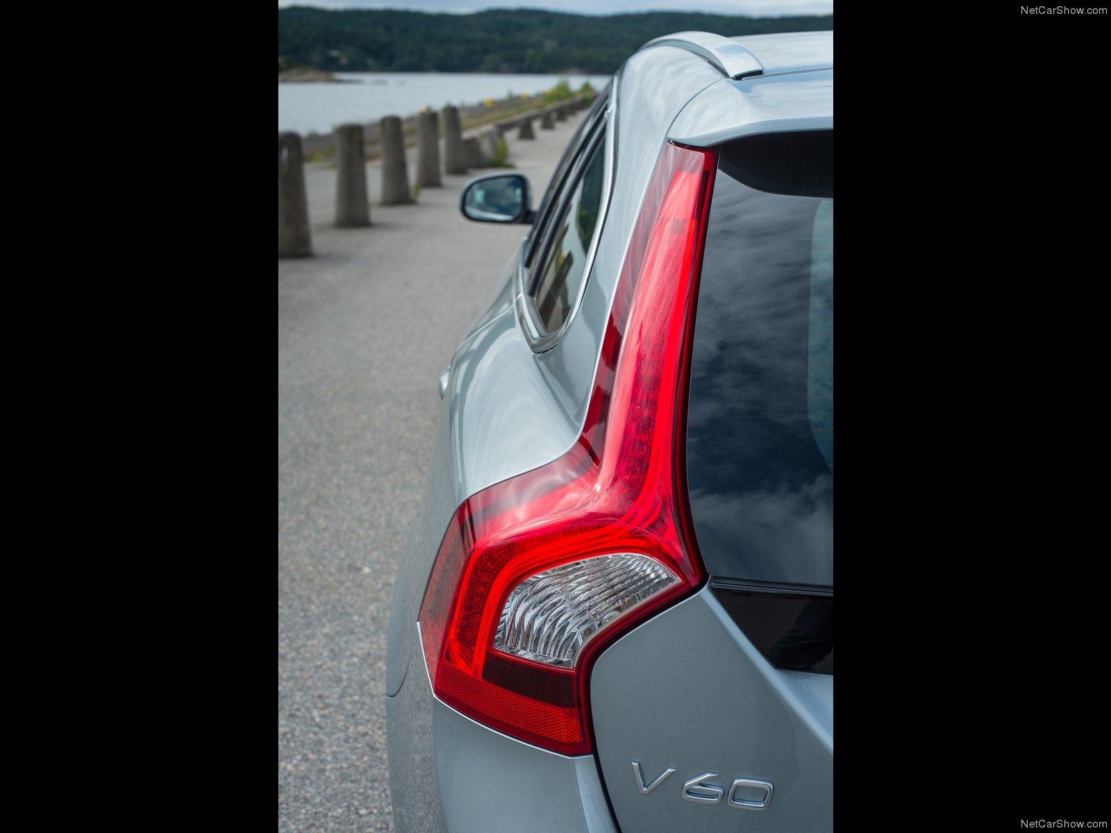 Volvo V60 2014 Volvo-V60-2014-1600-2a