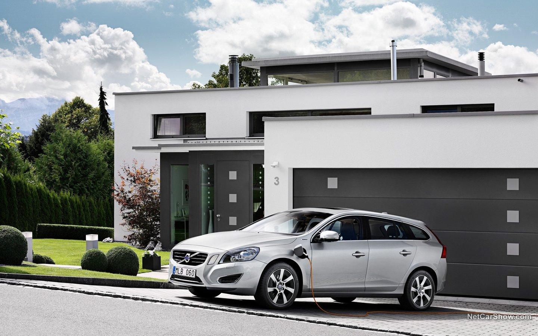 Volvo V60 Plug-in Hybrid 2013 443ee5d7