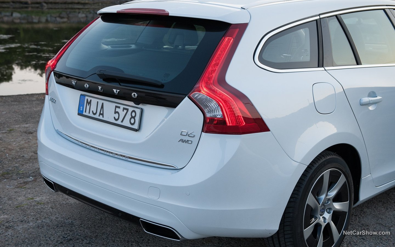 Volvo V60 Plug-in Hybrid 2014 39d894f1