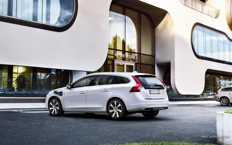 Volvo V60 Plug-in Hybrid 2014 5acda664