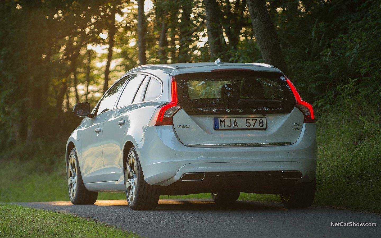 Volvo V60 Plug-in Hybrid 2014 6b5acd6d