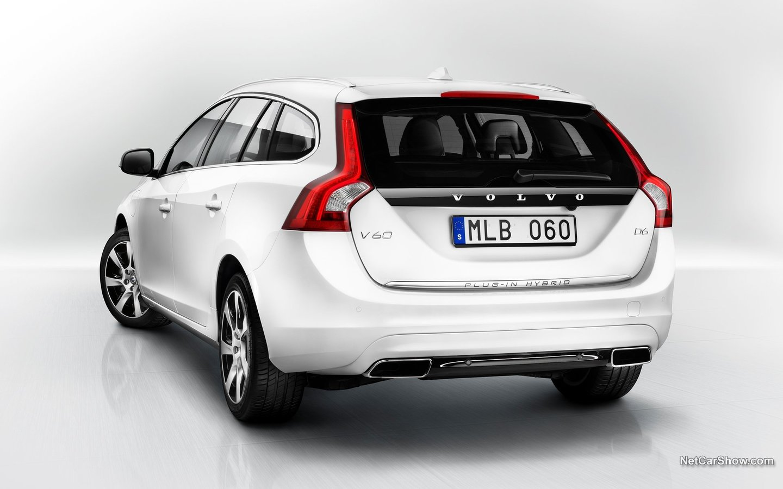 Volvo V60 Plug-in Hybrid 2014 8cf273db