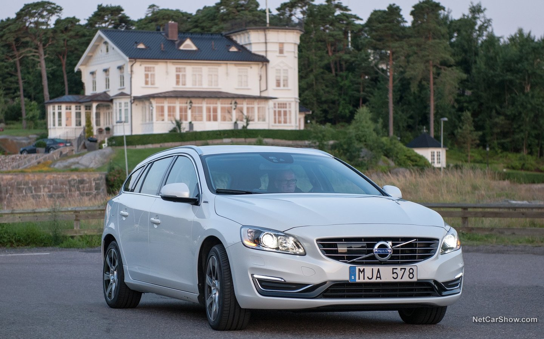 Volvo V60 Plug-in Hybrid 2014 cc78f998