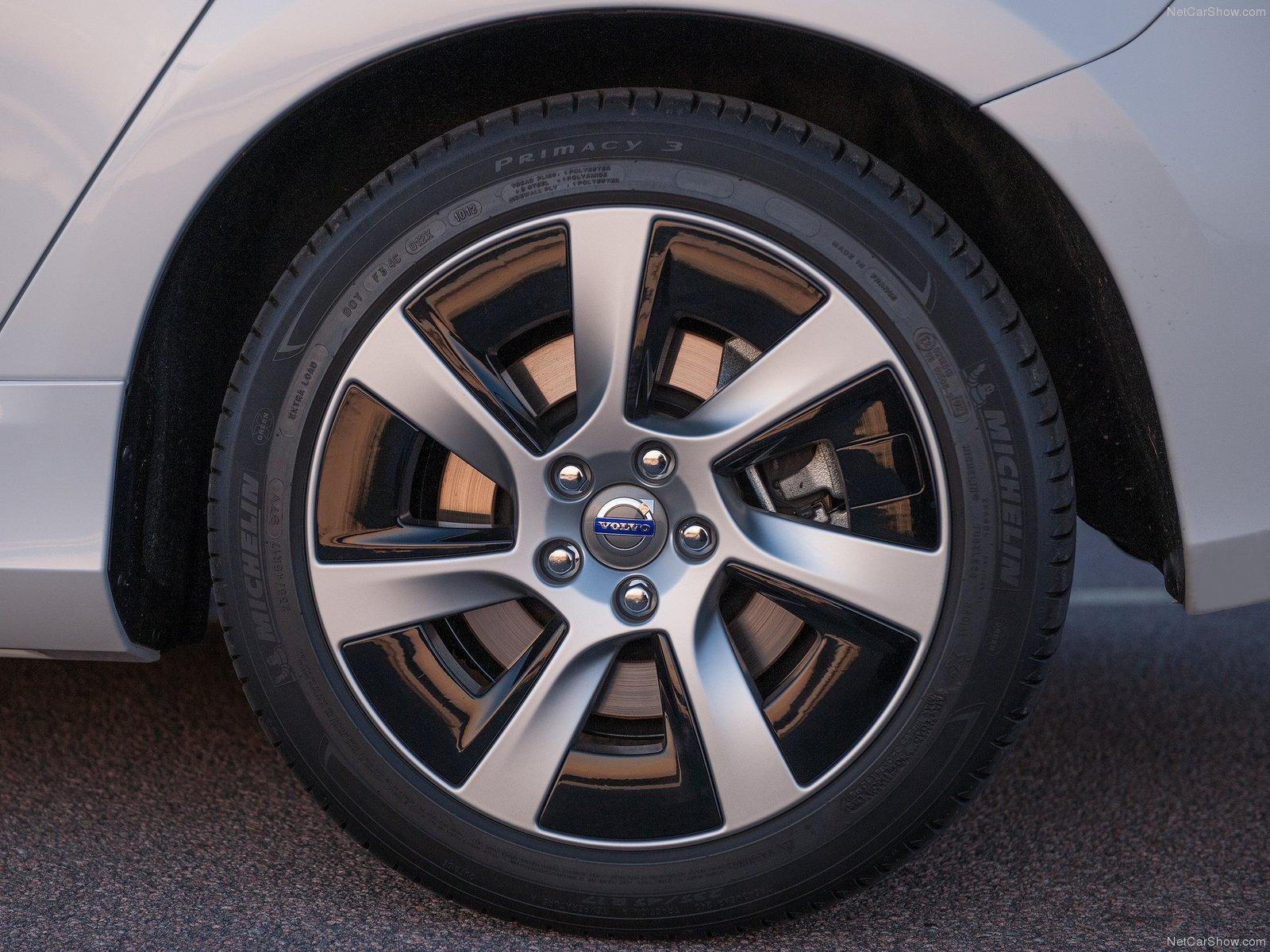 Volvo V60 Plug-in Hybrid 2014 Volvo-V60_Plug-in_Hybrid-2014-1600-22