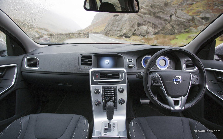 Volvo V60 R-Design 2011 08055fdc