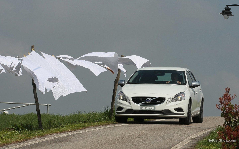 Volvo V60 R-Design 2011 08a74472