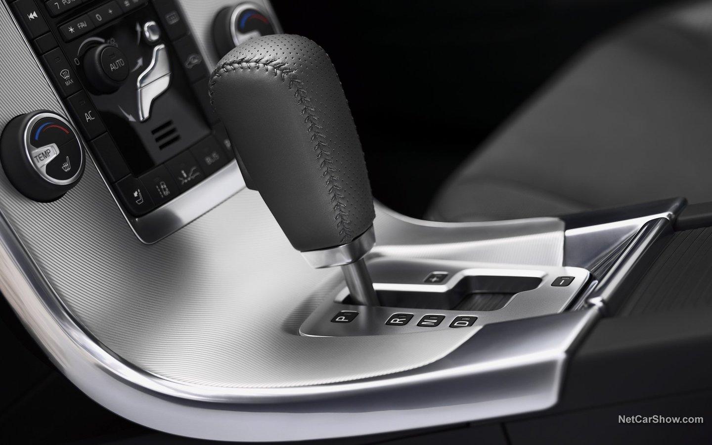 Volvo V60 R-Design 2011 91adfd05