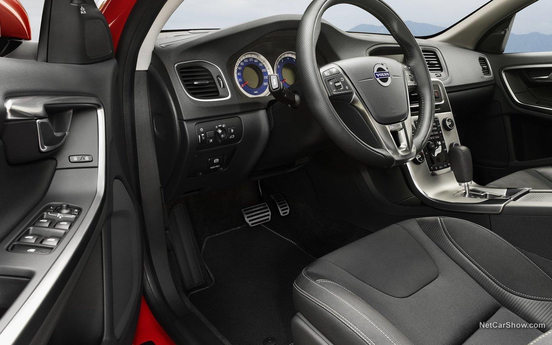 Volvo V60 R-Design 2011 eac54944