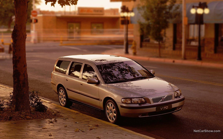 Volvo V70 2004 60859fca