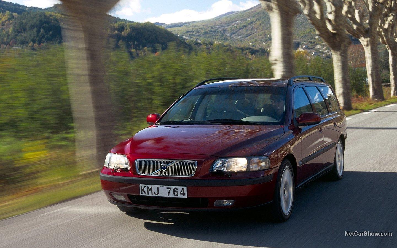 Volvo V70 2004 69ef0263