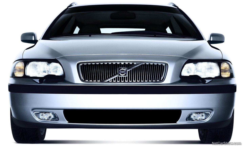 Volvo V70 2004 73570f2b