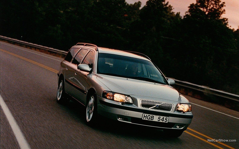 Volvo V70 2004 7b455a29