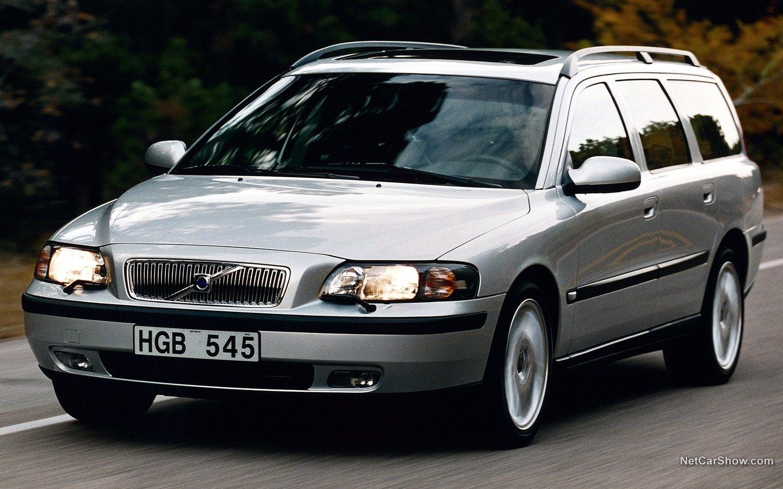 Volvo V70 2004 97855d20