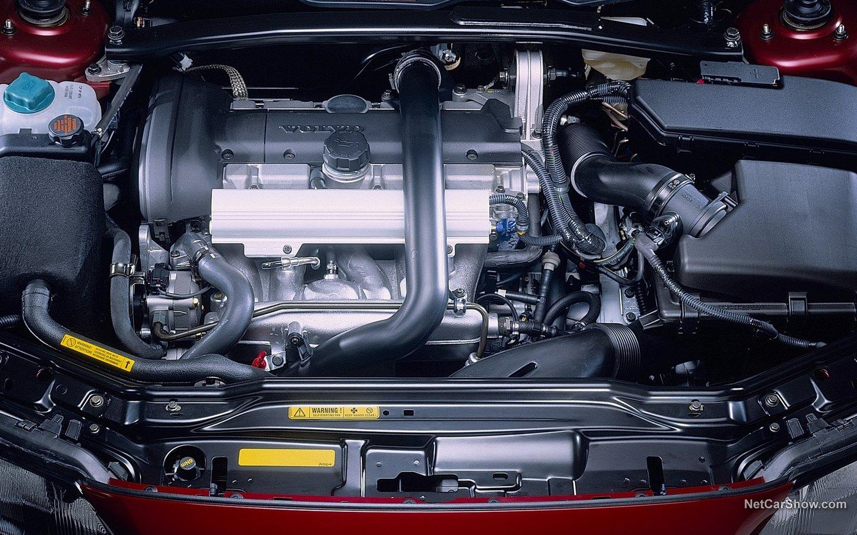 Volvo V70 2004 b01c8852