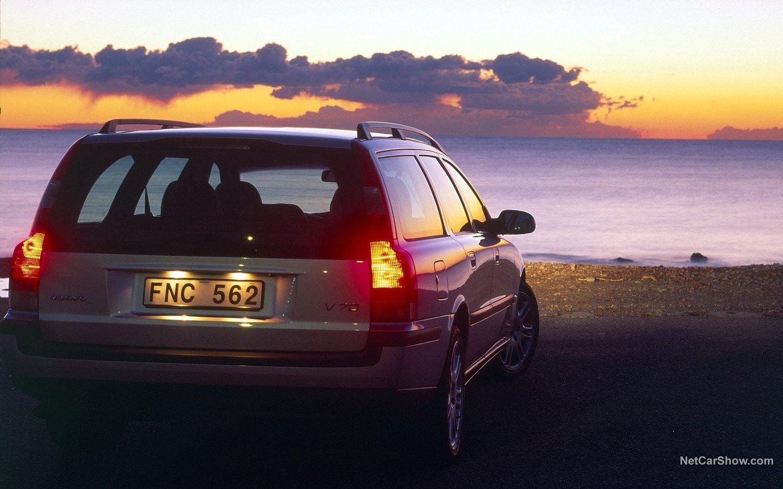 Volvo V70 2004 f43d84f2