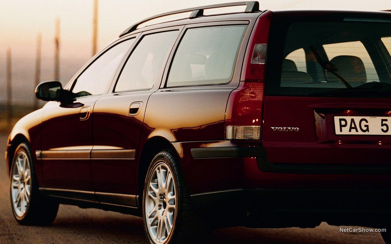 Volvo V70 2004 f75770e3