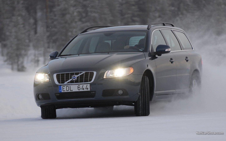 Volvo V70 2008 857bed7b