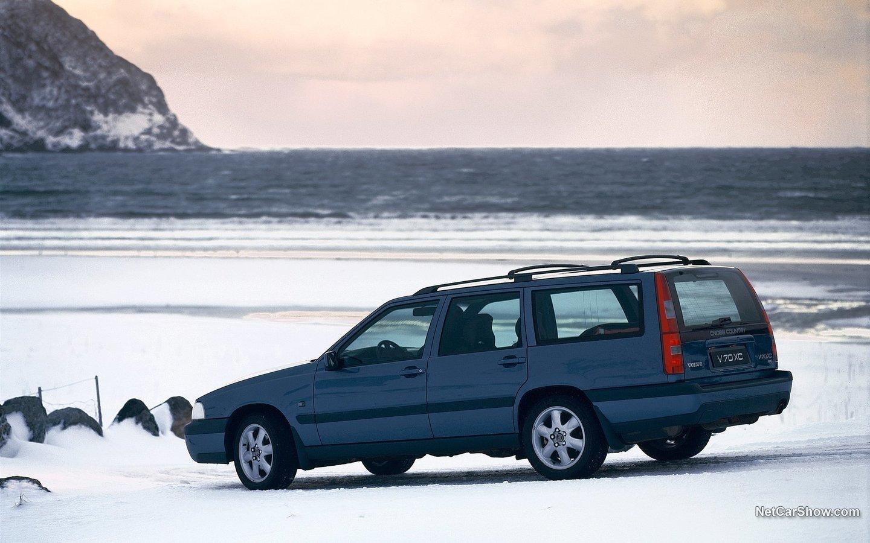 Volvo V70 XC 1999 7f9c3303