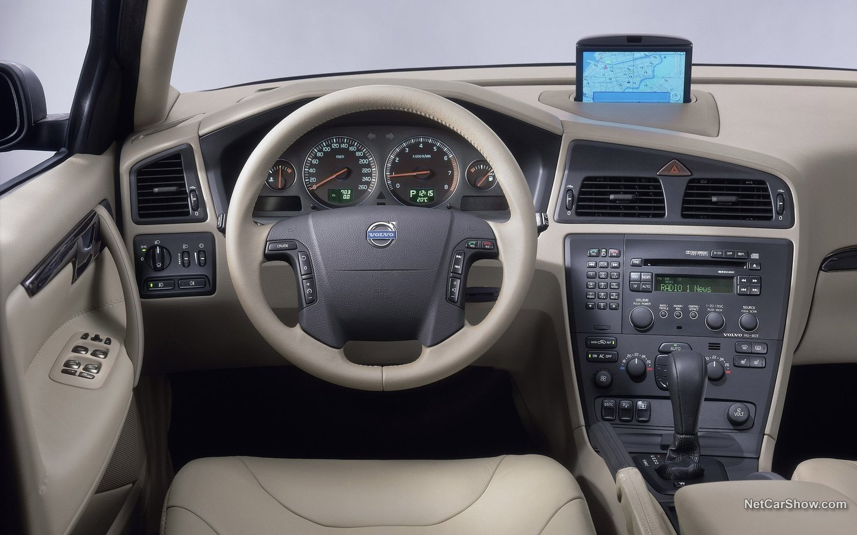 Volvo XC70 2004 6cc4a8ea