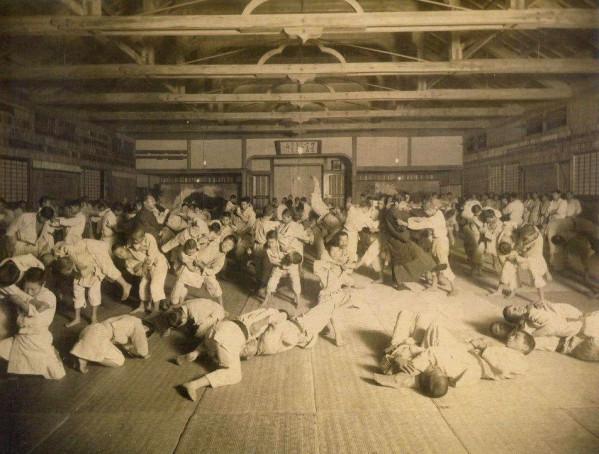 Judo-ancien-01.jpg