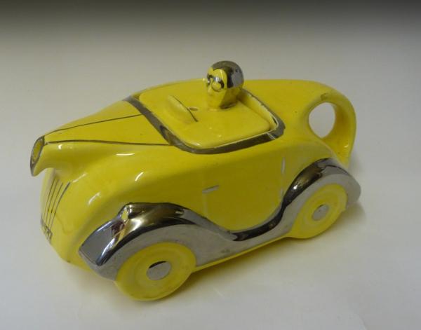 une-théière-originelle-voiture.jpg