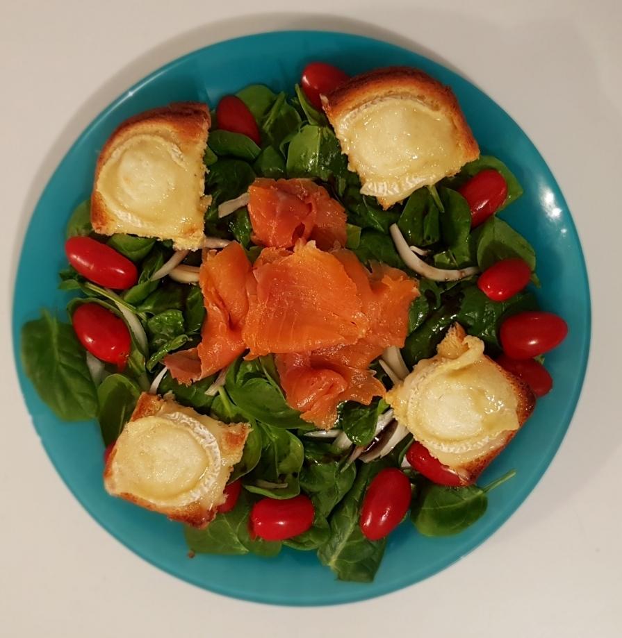 salade_epinards_saumon_chèvre.jpg