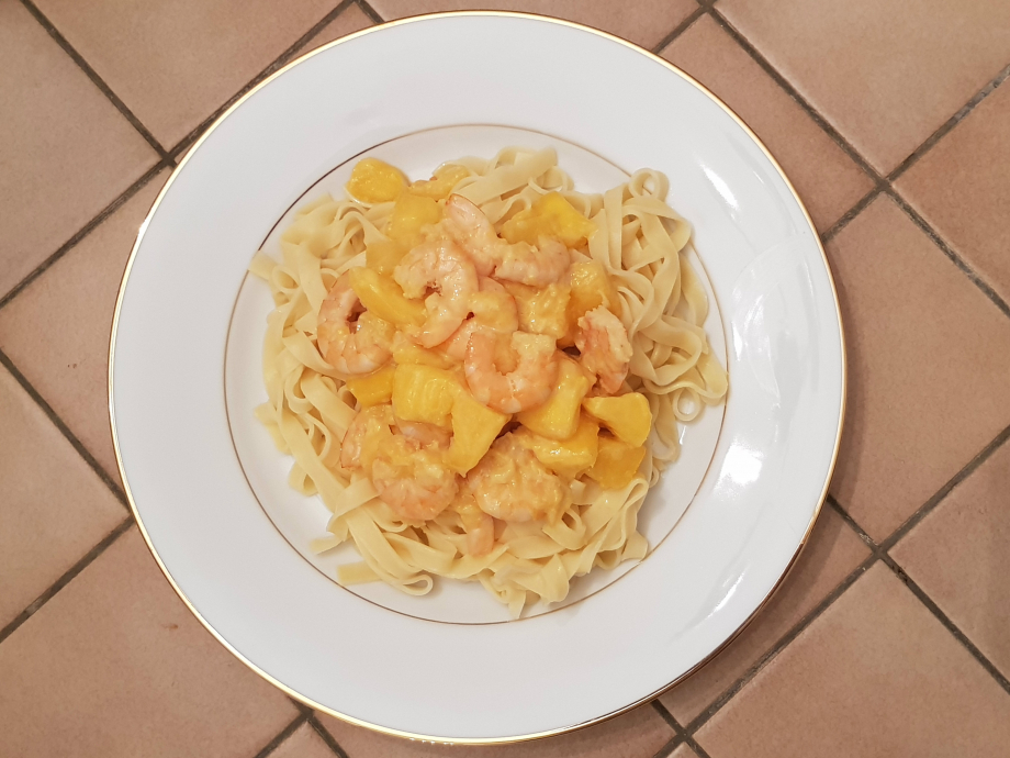 tagliatelles crevettes mangue.jpg
