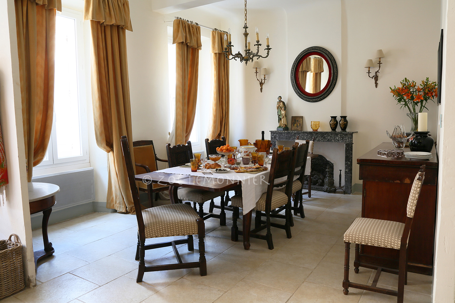 dining room copie.jpg