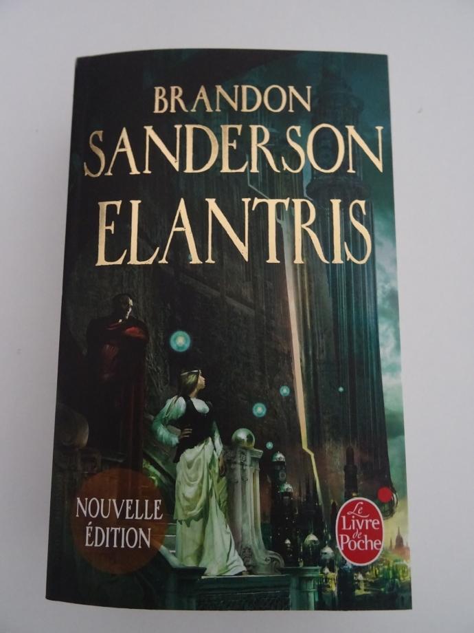 un livre de poche,pour changer,l'histoire a l'air bien intéressante pour mon style de lecture.