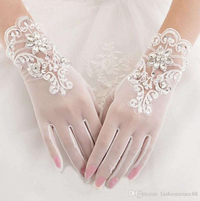 gorgeous-ivory-finger-bridal-gloves-elastic-tulle-wedding-gloves-sparkly-crystals-beads-sequins-short-women-wedding-gloves