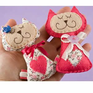da85718e9d4be7d7148109adcc90291c--felt-cat-handmade-crafts.jpg