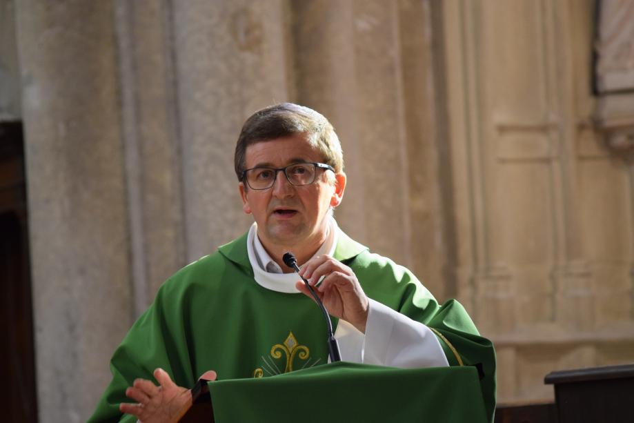 Père Bruno Boucly Curé de la Paroisse