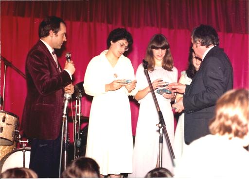 1988-Les reines et leurs cadeaux