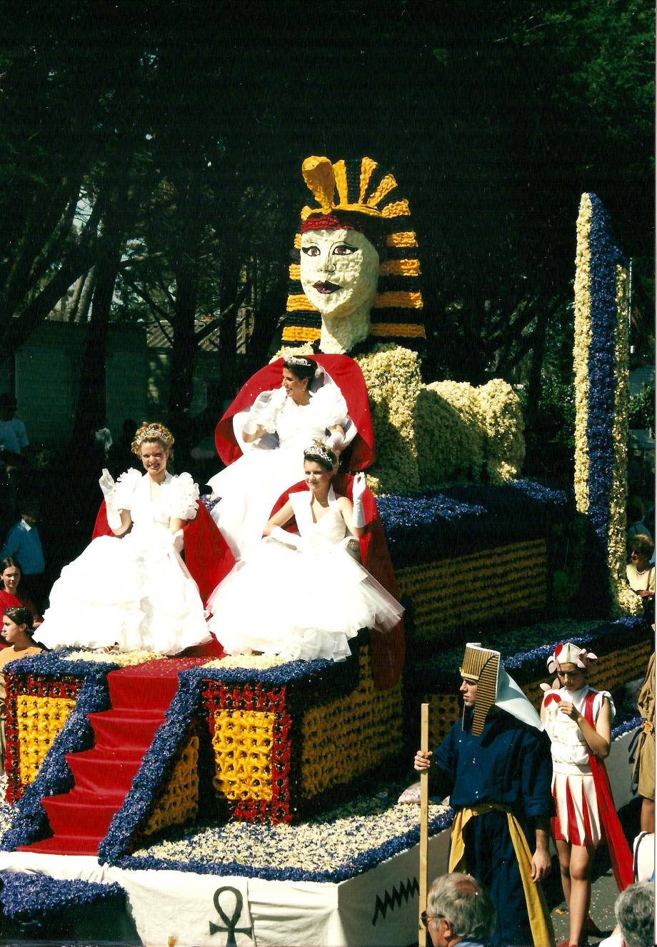 2000-Char des reines