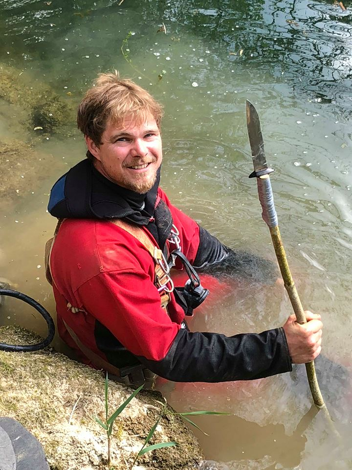 Gérald Jouillerot  38 ans spéléo plongeur