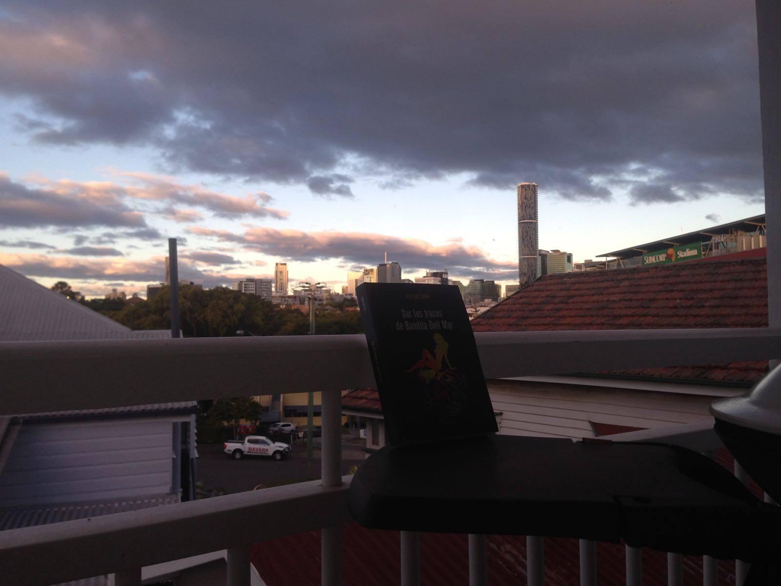 Bandita, à Brisbane, Australie, au petit matin. Jean-Baptiste.
