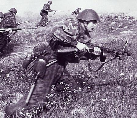 le soldat est-allemand.jpg