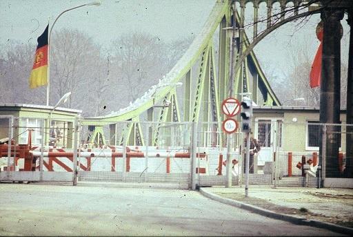1983 BRX Glienicke Checkpoints 1.jpg