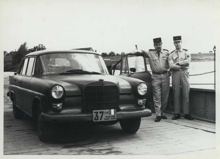 petite histoires des plaques de nos voitures 2.jpg