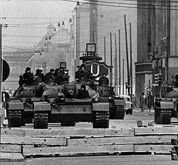260px-Checkpoint_charlie_1961.jpg