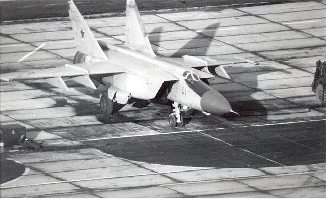 Mig-25 Foxbat.JPG