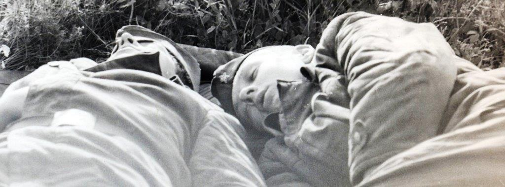 Soldats sov au repos...